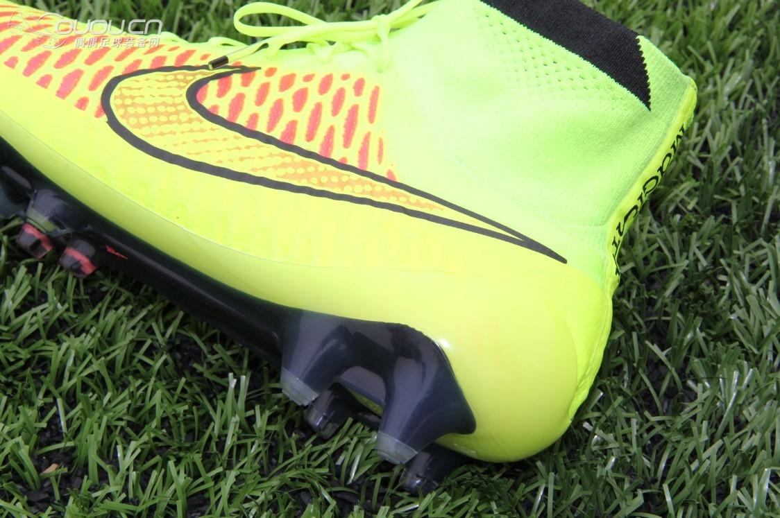 足球鞋交流