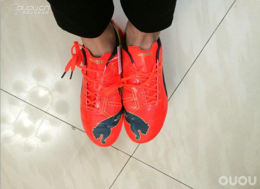 人生中第一双PUMA Evopower1.0 顶级AHG足球鞋!
