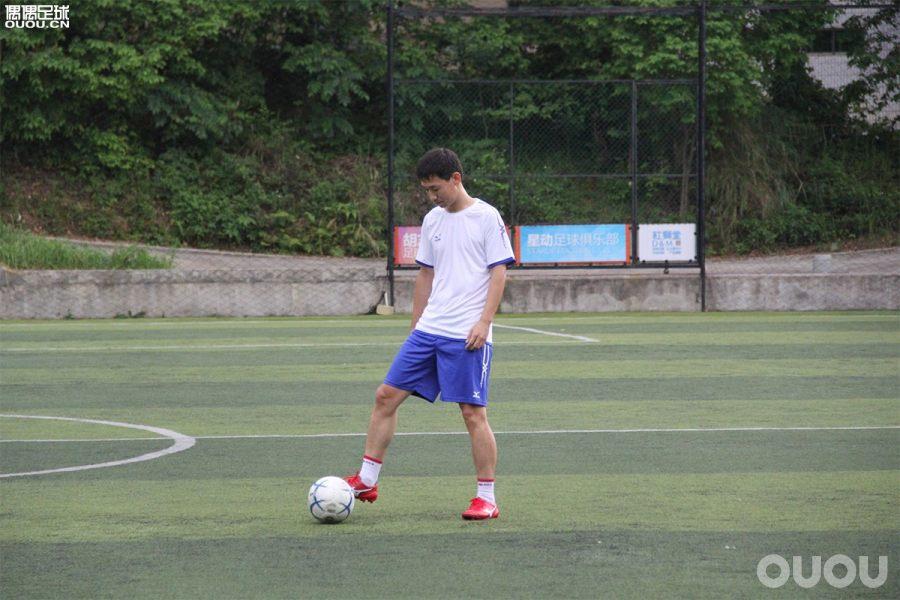 Morelia Neo II MD日产足球鞋实战测评