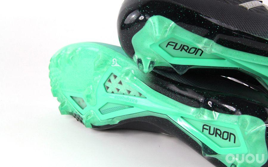 绿茵急先锋 New Balance Furon V5 Pro FG赏析