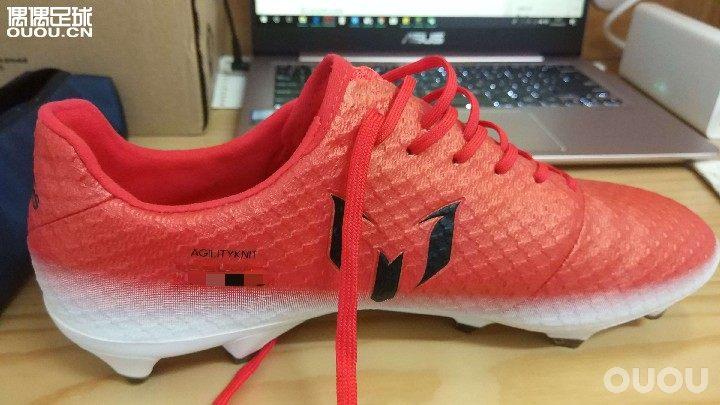 『老鞋新测』最近白菜价收到了一双全配的Messi16.1红色警戒配色(后文简称16.1)