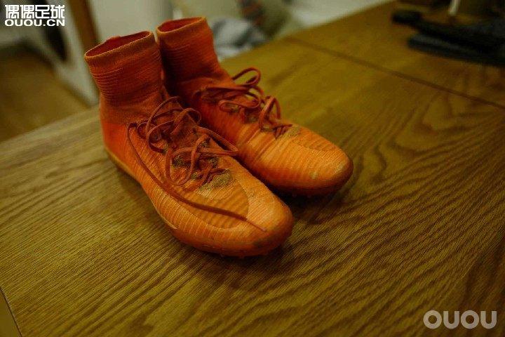 这双鞋正不正?!!!