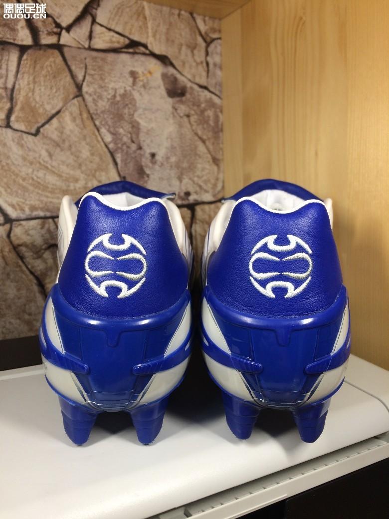 P20的鞋底应该是为猎鹰八代复刻准备的