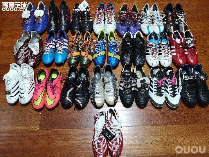 有组织的消费往往是最可怕的。。。加入球队三年,我的球鞋从2双激增至22。。。