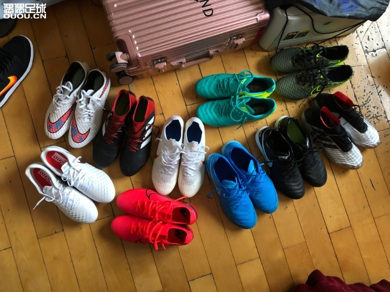 在家里呆的发霉了 收拾下家里的鞋