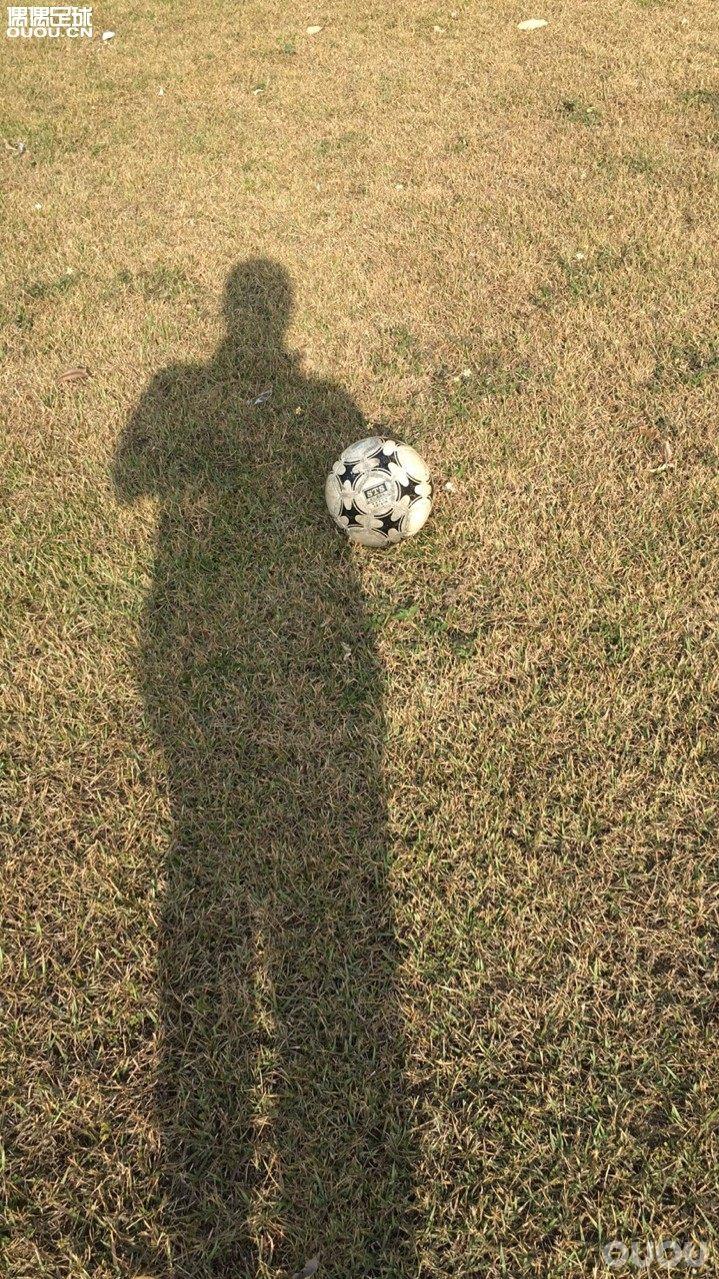闲的发慌,写写普通草根的中端草根足球鞋:TF为主(1)